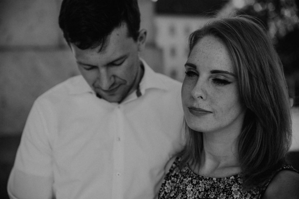 Paarshooting Wiebke und Julian in Passau, Passau, Fotograf Passau, Fotograf Landshut, Fotograf München, Fotograf Bayern, Hochzeitsfotograf Passau, Hochzeitsfotograf München, Hochzeitsfotograf Landshut, www.enns-fotografie.de, Elopement, Engagement, lookslikefilm, emotions, Landshut, Fotograf Hannover, Hochzeitsfotograf Hannover, Ginger, Dreamteam, redhair, smile