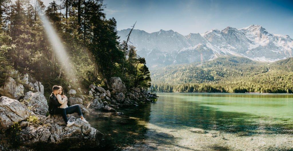 Germany, Elopement Bavaria, Shootin Bavaria, Coupleshoot in the Alps, Love and Mountains, Eibsee, Eibseelake, Lake Eibsee, Zugspitze
