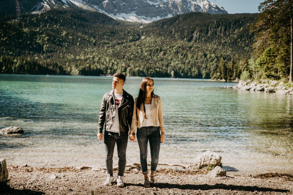 Germany, Elopement Bavaria, Shootin Bavaria, Coupleshoot in the Alps, Love and Mountains, Eibsee, Eibseelake, Lake Eibsee, Zugspitze, Engagement Eibsee